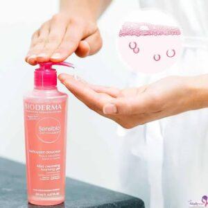 غسول بيوديرما الوردي للتخلص من مشاكل البشرة